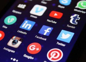 Jak dodać social media nastronę internetowa