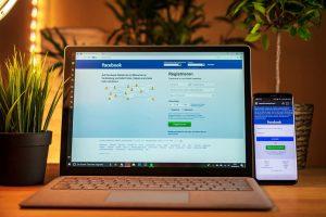 Jak wyświetlić materiały ukryte naosi czasu facebooka