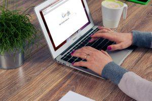 różne wyniki organiczne wwyszukiwarce google